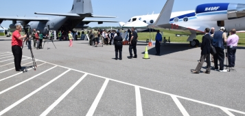 PHOTO - USAF Reserve WC-130J and the NOAA G-IV on display in Norfolk HAT May 2005